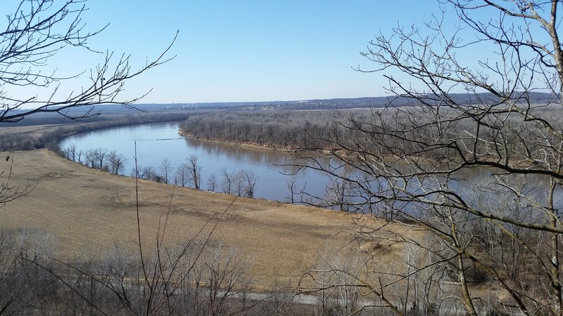 Enjoy beautiful views of the Missouri River along the West Ridge Trail.