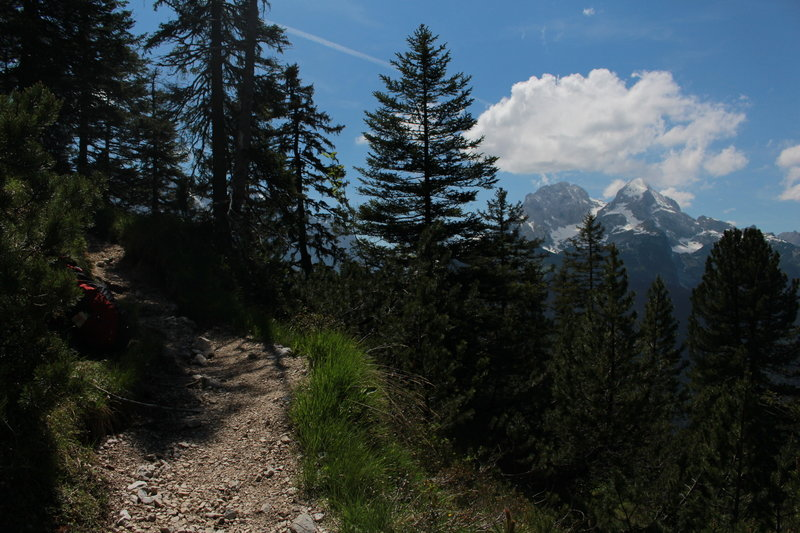 This is typical for the ascent to the Schachenhutte Road.