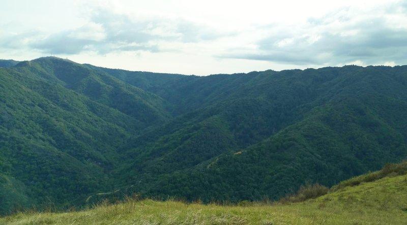 Ridges ripple the Santa Cruz Mountains with Loma Prieta on the left.