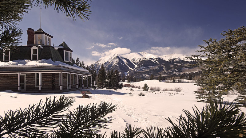 Dexter House stands just off the trail at the Interlaken Resort at Twin Lakes.
