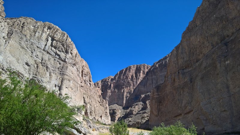 The mouth of Boquillas Canyon is spectacular from the west side.
