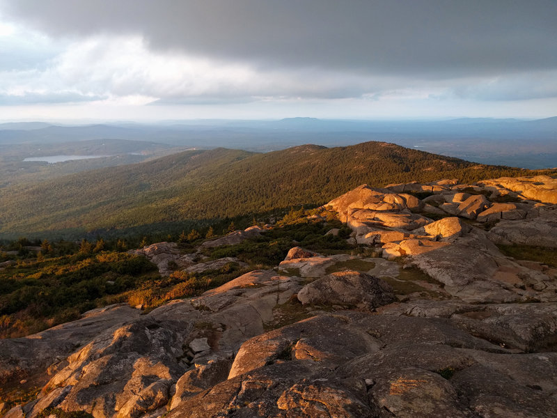 Looking north at the Pumpelly Ridgeline from the Summit of Mount Monadnock.
