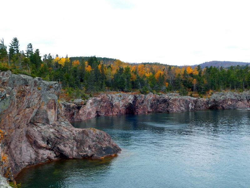 Enjoy the beautiful North Shore near Shovel Point.