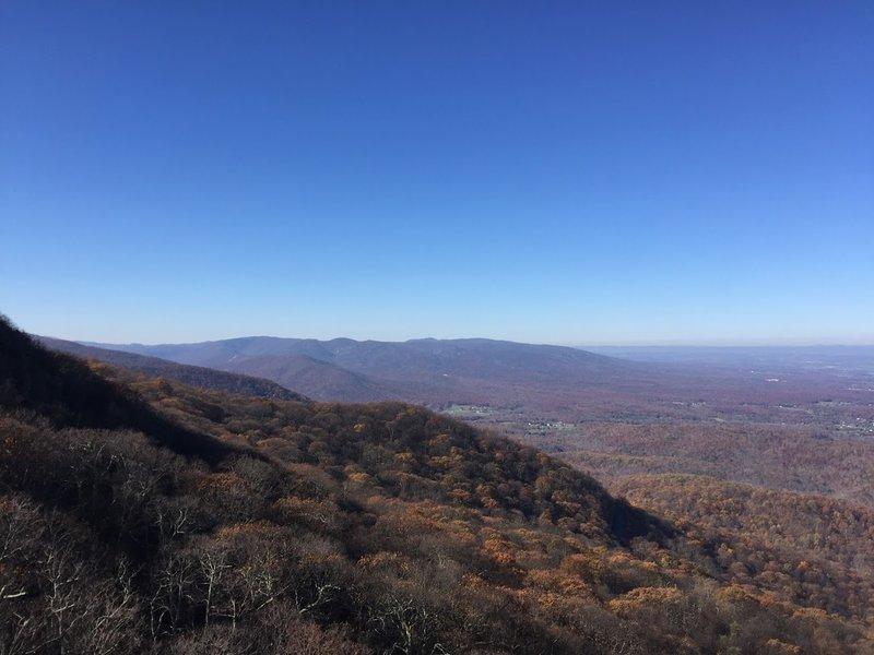 Enjoy phenomenal views from Humpback Rocks.