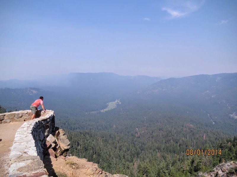 Wawona Point offers a gorgeous overlook of your Yosemite surroundings.