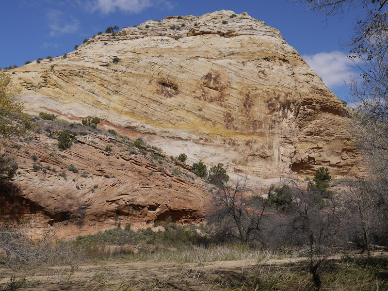 Multi-colored sandstone is abundant along the Escalante River.