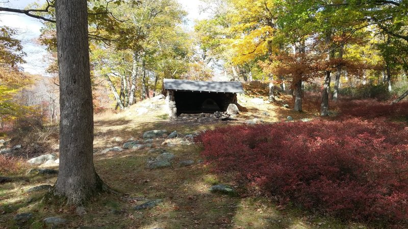 The Dutch Doctor Shelter provides a welcome place to rest your head or eat lunch along the Tuxedo - Mt. Ivy trail.
