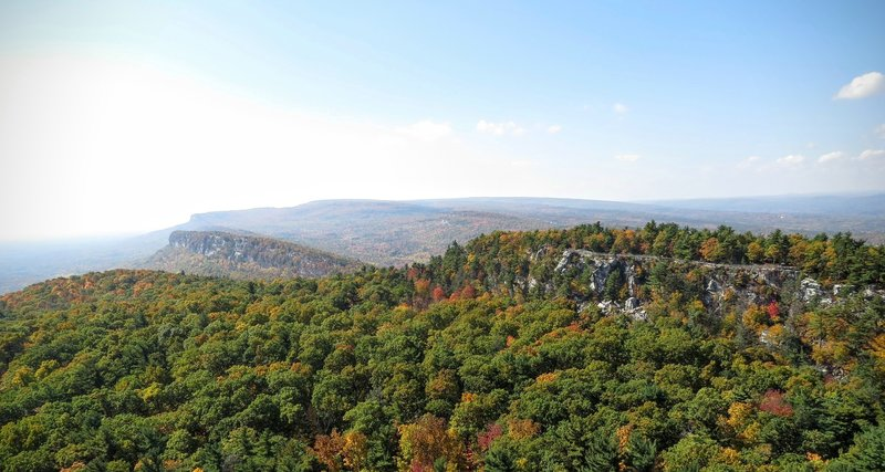 Emerge from the Lemon Squeeze for this rewarding view of the surrounding Catskill Mountains.