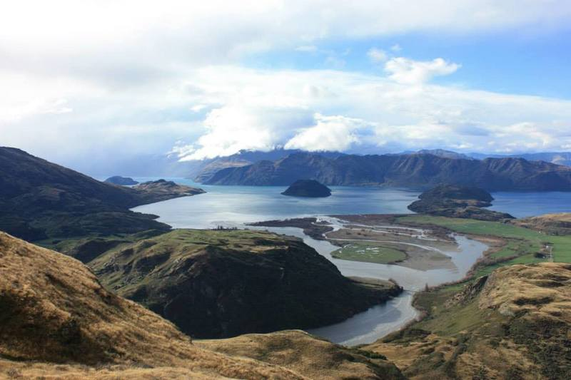 Enjoy phenomenal views of Lake Wanaka from the Diamond Lake Track.