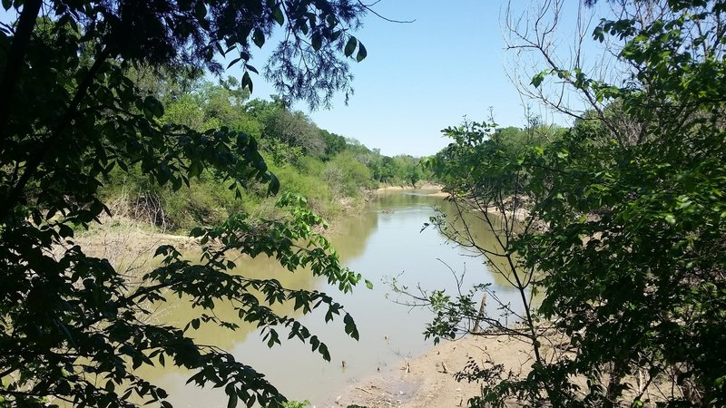 Enjoy great views of the mighty Trinity River from the Ranch Road Trail.