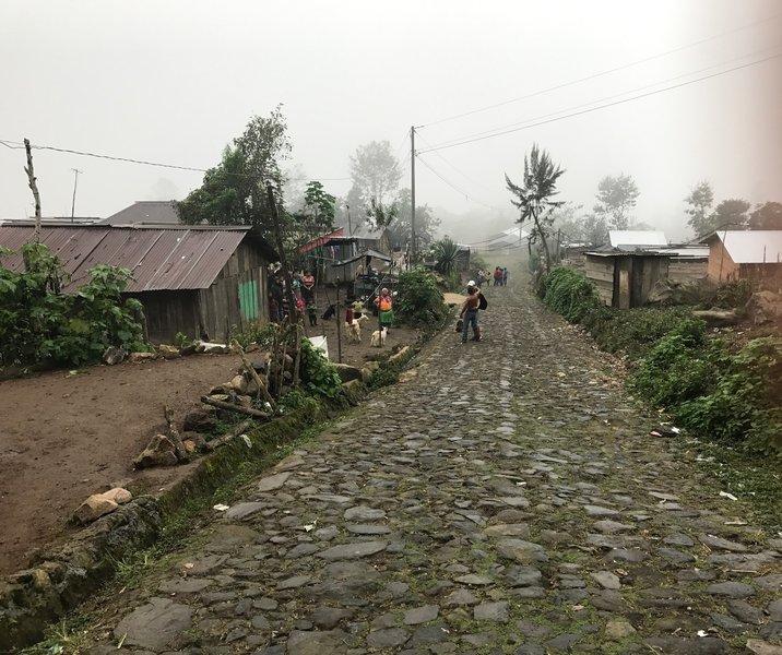 The path to Aldea la Trinidad Tajumulco is cobblestone.