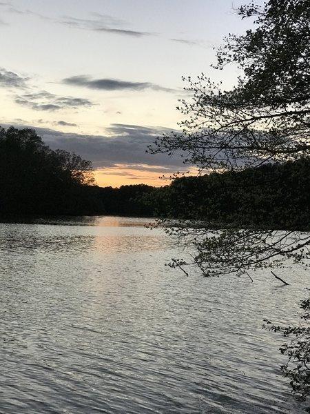 Sunset on Pinoak Lake.