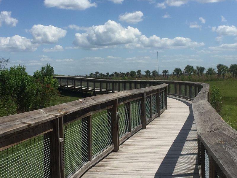 Boardwalk section along the Sweetwater Boardwalk Loop.