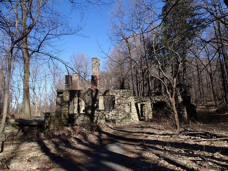 Ruins along the Cornish Trail.