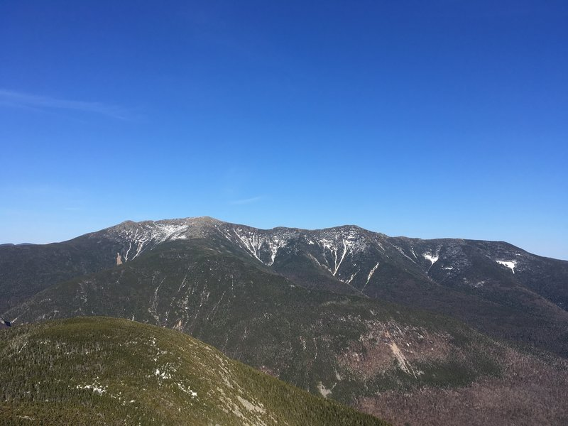 The view of Franconia Ridge from Cannon Mountain.