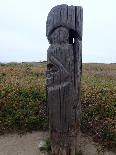 An unexpected totem along the trail.