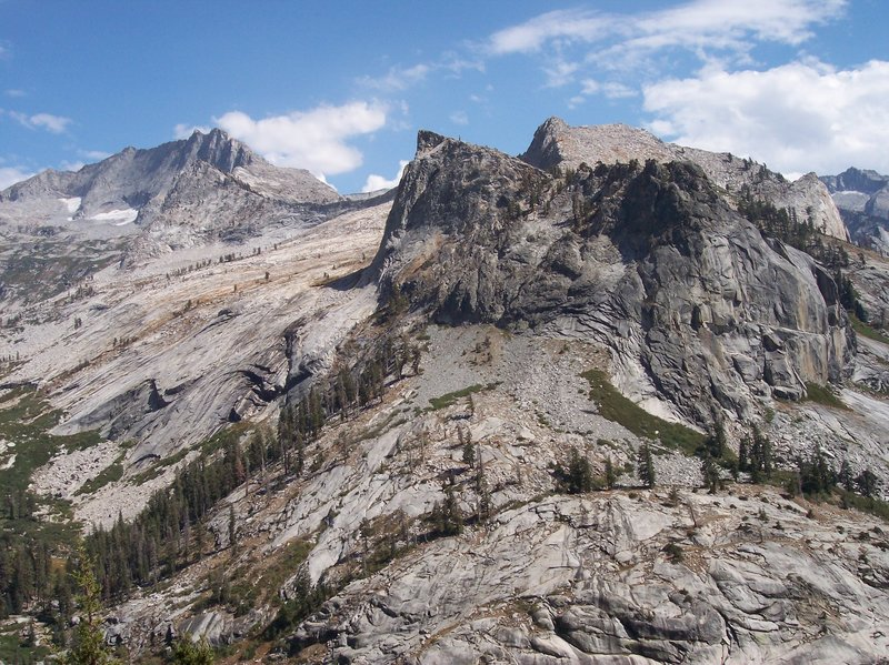 Toward the right, the long, steep, Elizabeth Pass climb awaits.