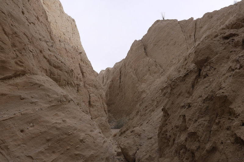 This is a wide-angle view of Canyon Sin Nombre 760 Slot Canyon.