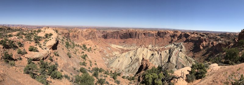 The First Overlook provides a stunning view of the surrounding rock strata.