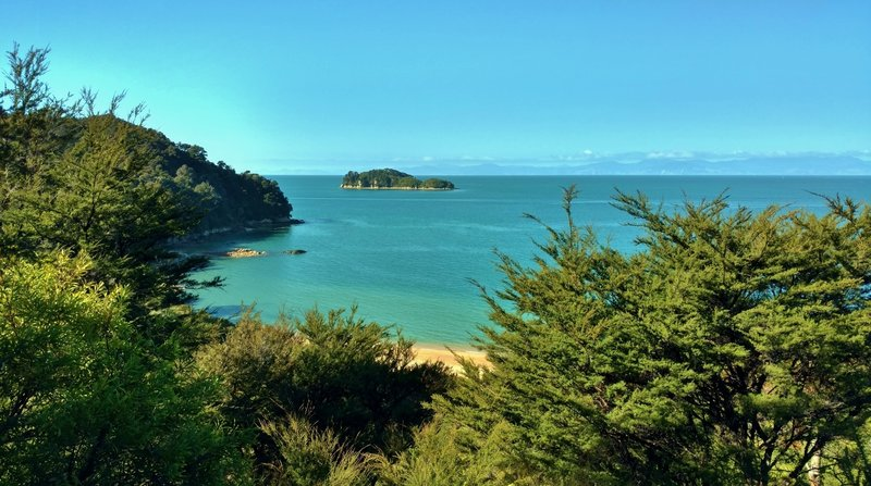 Coquille Bay and Fisherman Island can both be seen from the Abel Tasman Track.