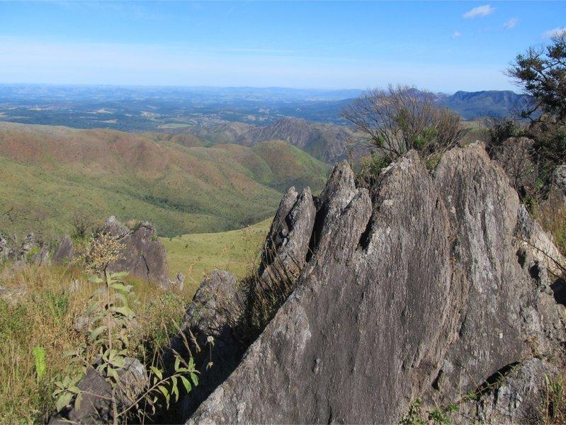 Enjoy great views of the Andorinha Mountain Range while exploring the Andorinha Trail.