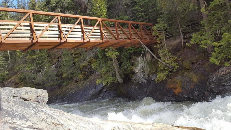 A walking bridge aids your passage over Icicle Creek.