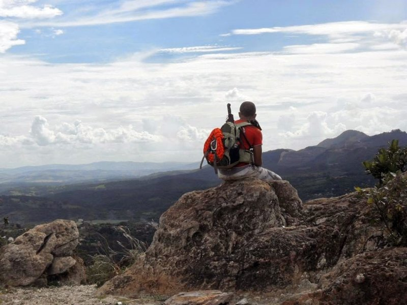 The viewpoints along the Trilha do Primeiro Mirante trail make great spots to stop and catch your breath.
