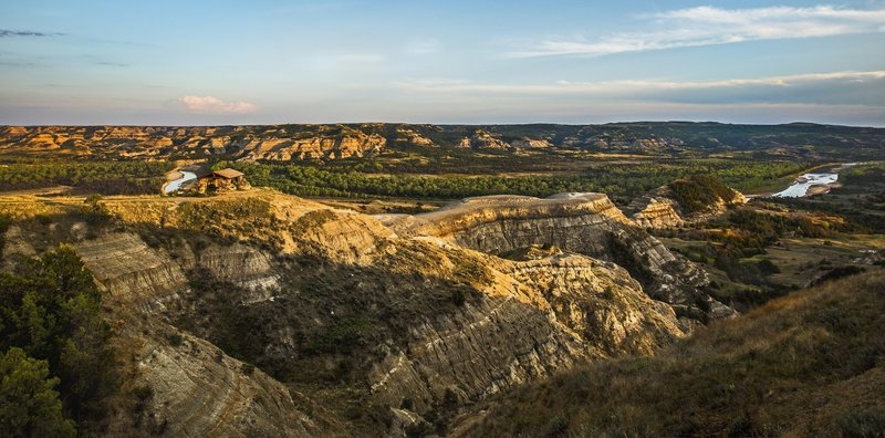 Sunset brings out the rippling topography surrounding the River Bend Overlook. Photo credit: NPS/Dave Bruner.