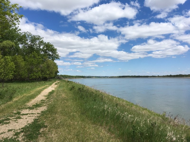 View of the Missouri River along the Fort Mandan Nature Trail.