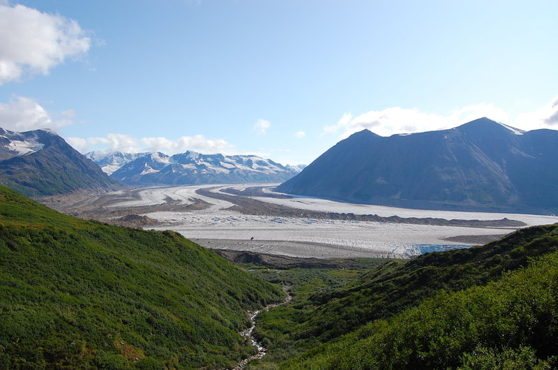 The broad valley glaciers along this route will take your breath away.