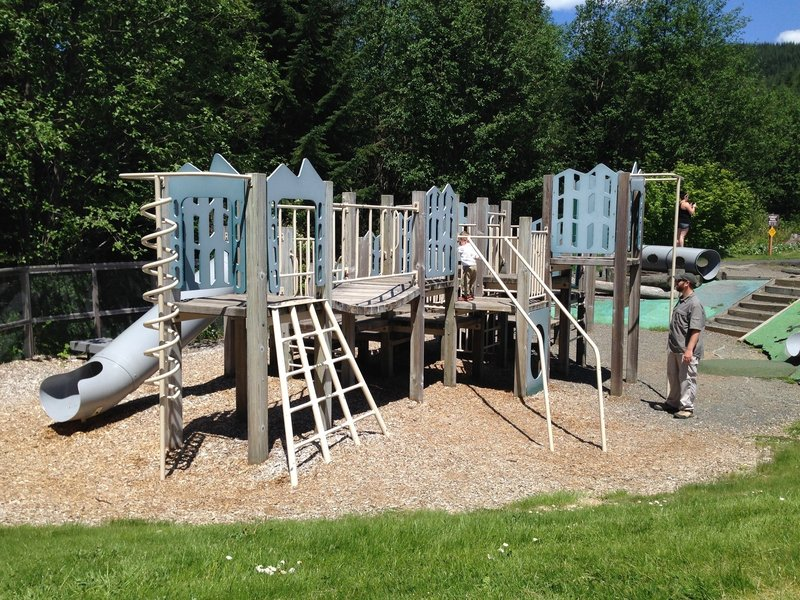 A nice playground is located near the trailhead for those kids needing to burn extra energy before hopping back in the car. The trail is by the yellow sign in the background.