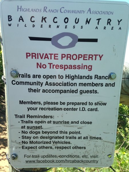 A regulatory sign lays out all the rules before you step foot on the trails.