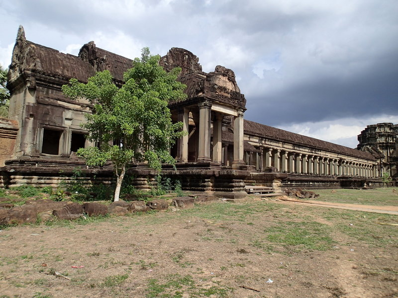 The northwest portico along the Angkor Wat Wall Trail.
