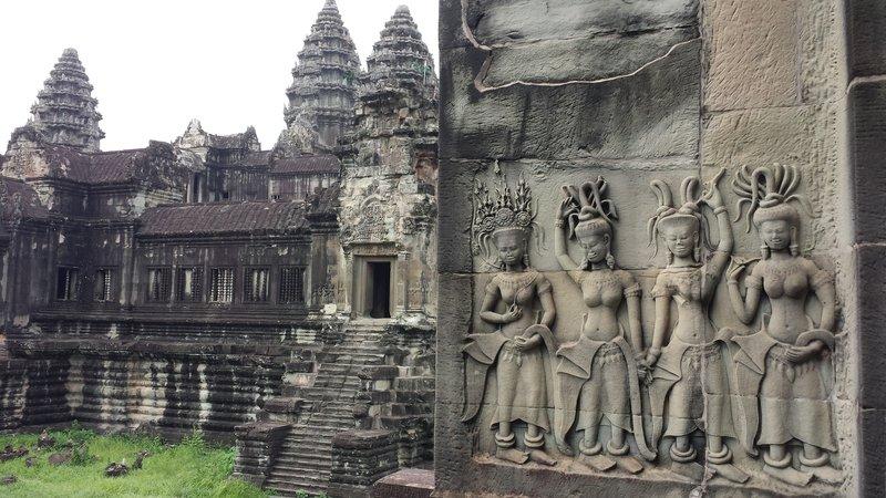 Apsara carvings at the second gallery of Angkor Wat