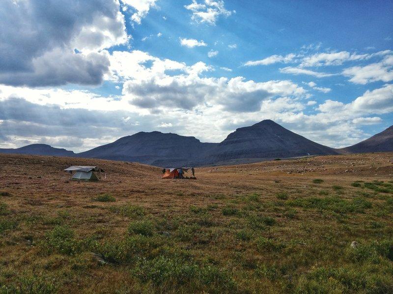 Setting up camp near Tungsten Lake.