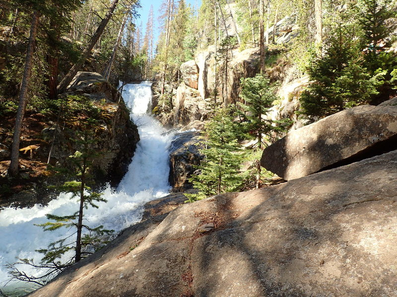 At about 6 miles roundtrip, Browns Creek Falls is a great destination if you don't want to go all the way to the lake.