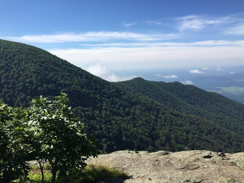 The views of the Three Ridges Summit ridgeline are incredible.