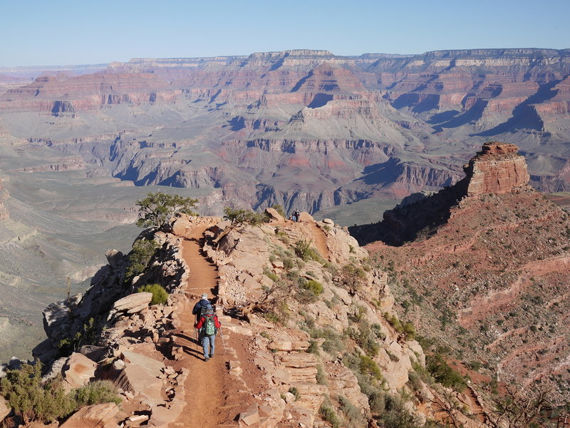 Hikers approach Cedar Ridge on the South Kaibab Trail.