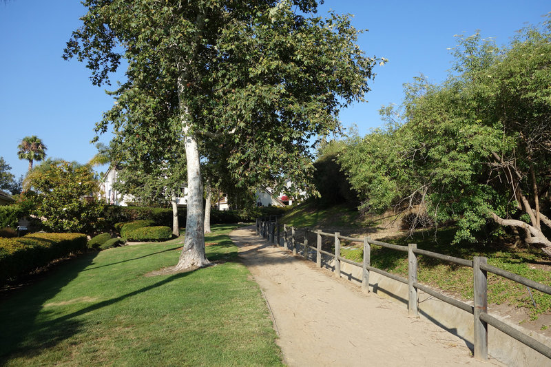 The public trail follows the perimeter of the Palacio Del Mar gated community.