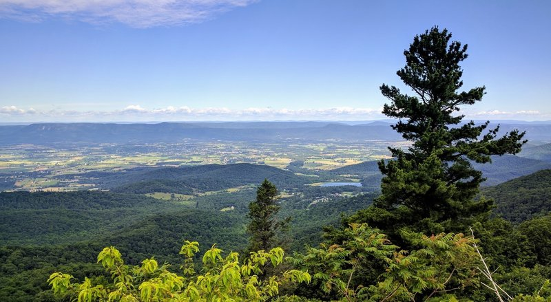 Enjoy this awesome view of one of the many valleys in Shenandoah National Park.