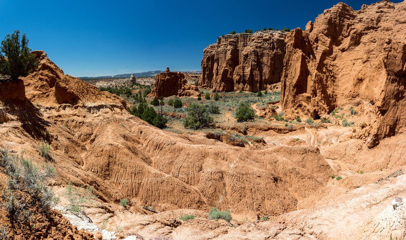 Amazing colors brighten the rocky ground in Kodachrome Basin State Park.