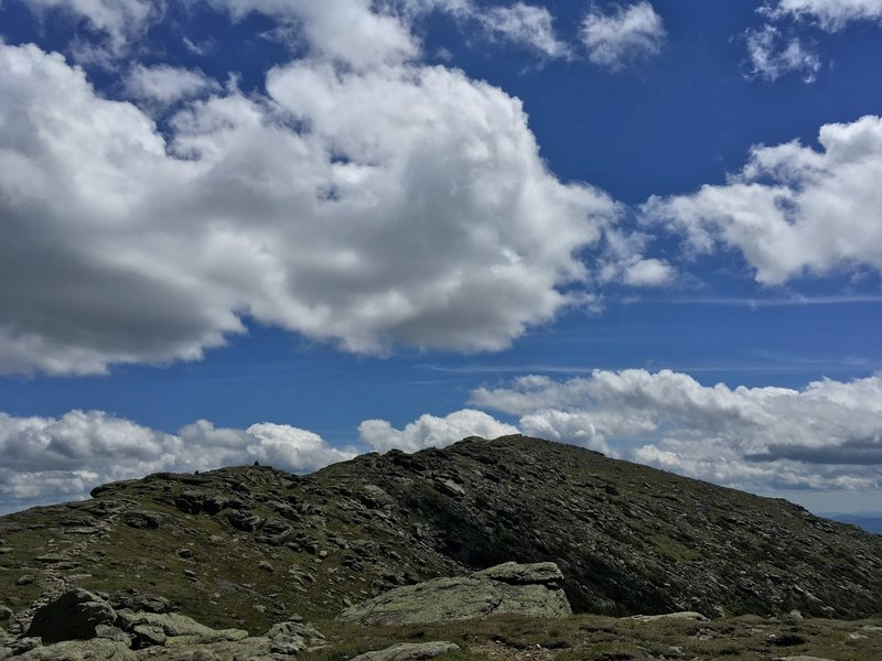 This ridge heads to the summit of Mount Lafayette.