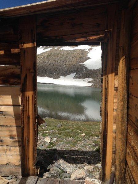 Old cabin at Crystal Lake - Upper Lake