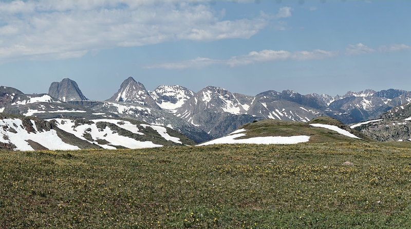 Expansive views of the Grenadier Range from the CDT.