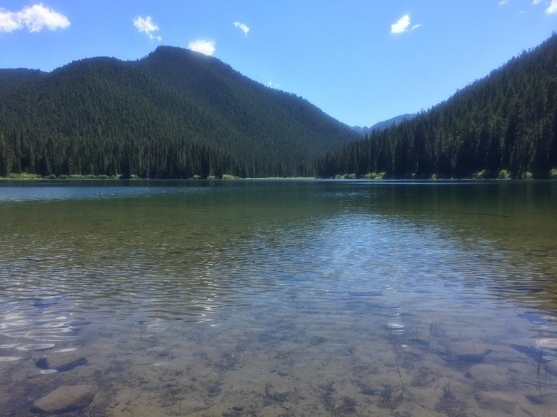 The clear waters and blue skies of Echo Lake
