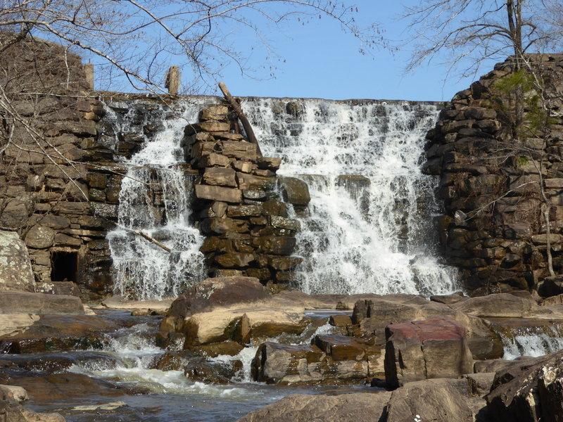 Moore's Creek Falls