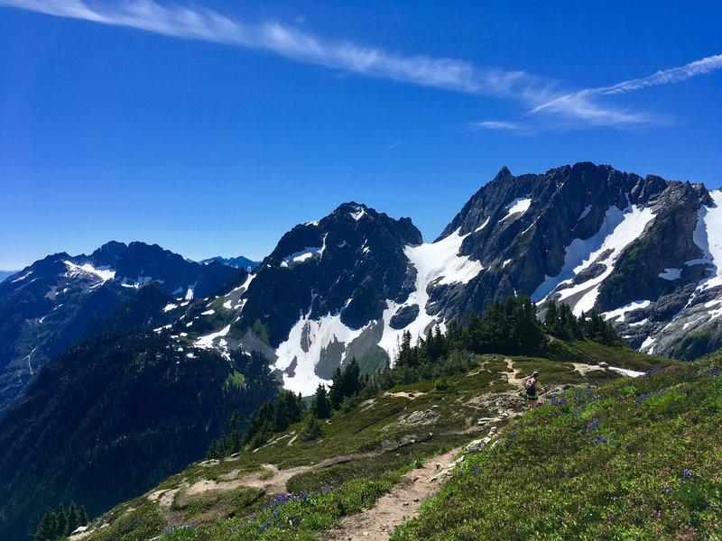 6020ft Sahale Arm, North Cascades National Park.