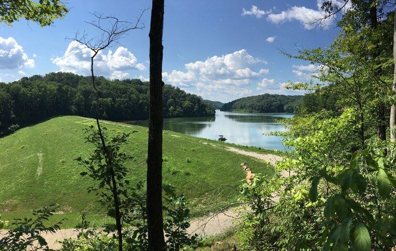 Dow Lake from Sundown Trail