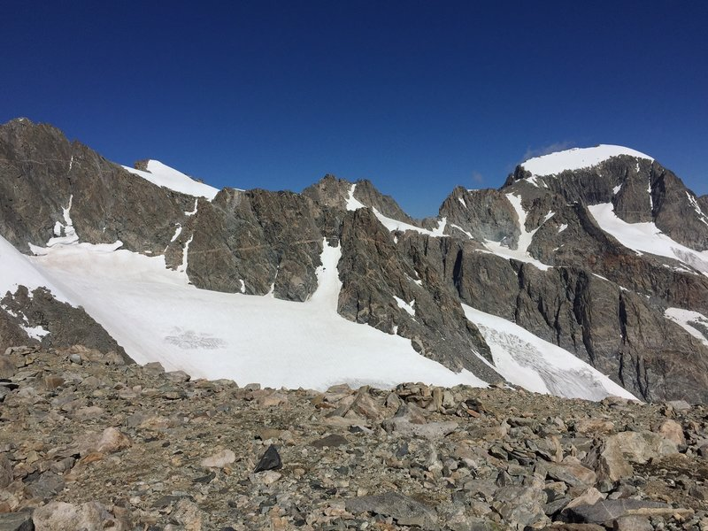 Gannett Peak (to the right) from Bonney Pass. It is much more impressive in person.