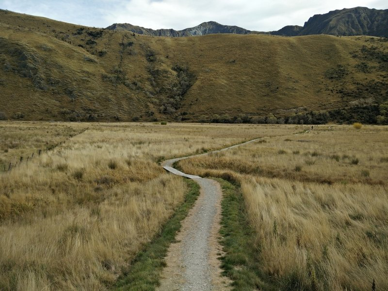 The southern section of the Moke Lake Loop Track.